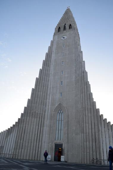 2015-04-08-1428507610-5365756-HallgrimskirkjaChurchReykjavikicelandsherririfkin.jpg
