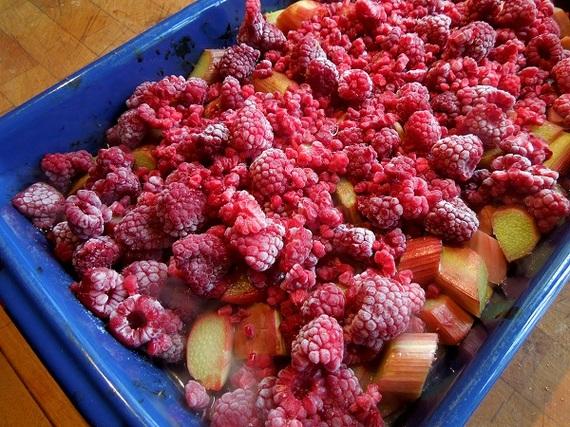 2015-04-08-1428514689-2008204-raspberries.jpg