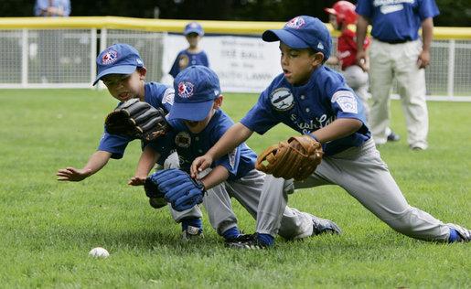 2015-04-08-1428529193-124544-BaseballSummerCamp.jpg