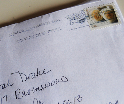 When Do You Send Out Wedding Invitations.Mail Madness Tips For Mailing Your Wedding Invitations Huffpost Life