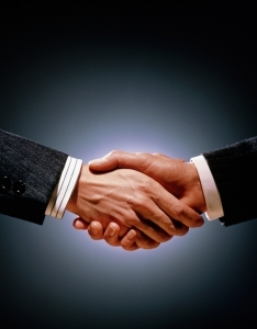2015-04-13-1428951010-6348009-Handshake_Business_Isolated.jpg