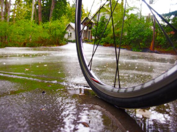 2015-04-13-1428966657-656196-biketirerain.jpg