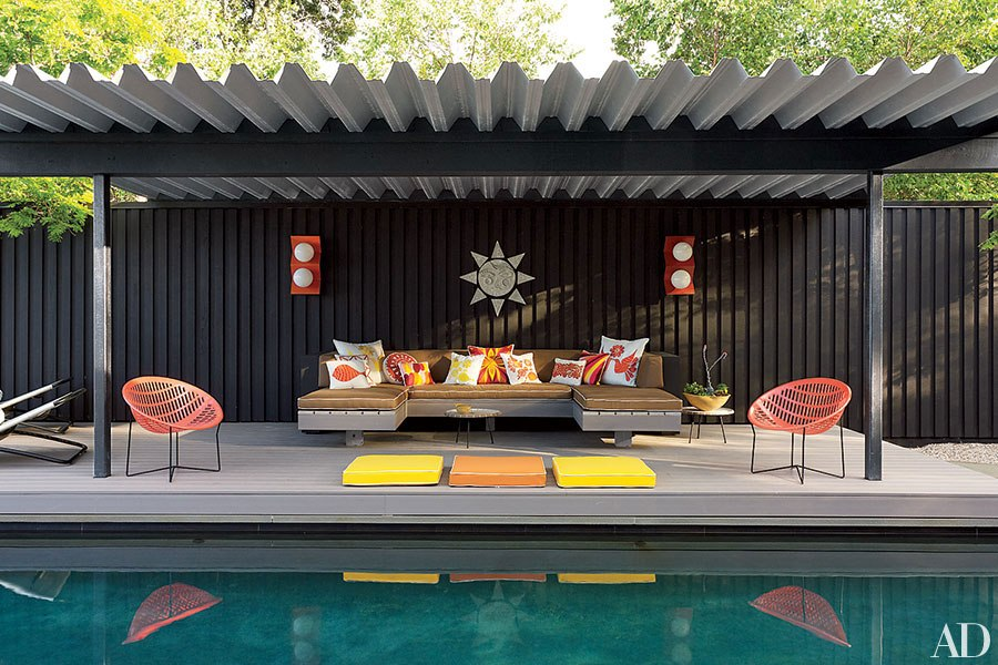 The Most Creative Ways to Set Up Outdoor Seating This ... on Garden Sitting Area Ideas id=64455