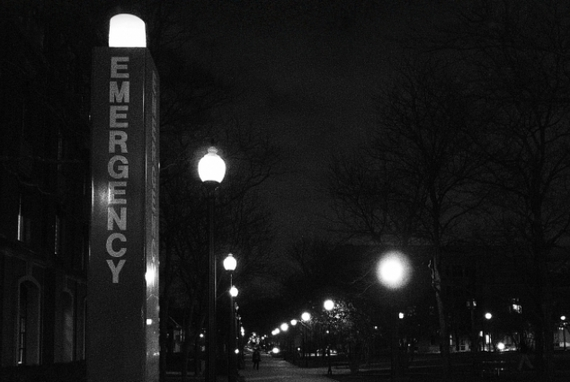 2015-04-14-1429045502-2642383-emergencylight_TomWright.jpg