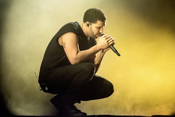 2015-04-15-1429079616-9309442-Drake.jpg