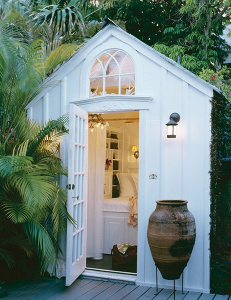 How To Transform A Simple Shed Into Lovely Garden Room