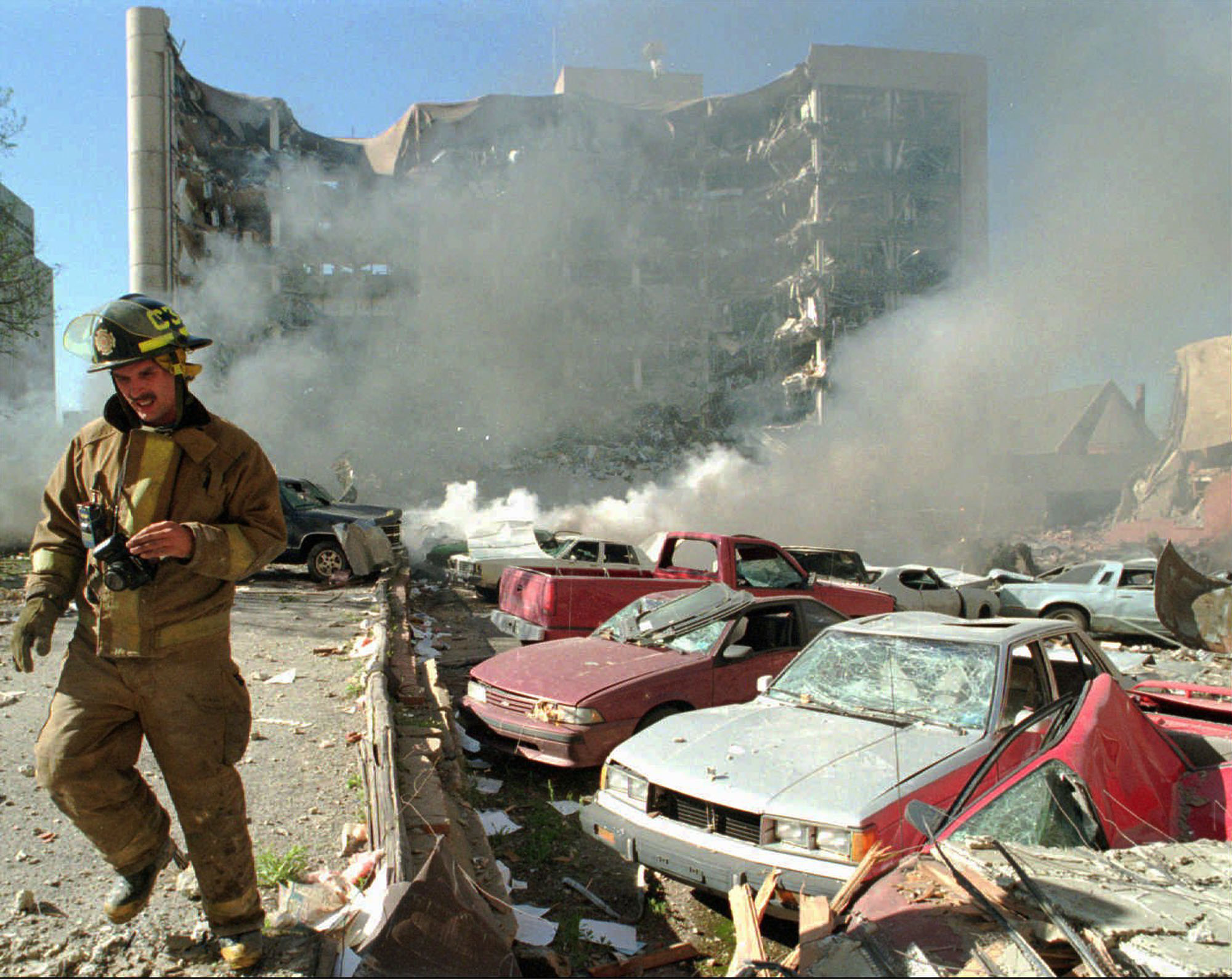 history of the bombing of the federal building in oklahoma city Oklahoma city bombing a bomb explodes destroying the north side of the alfred p murrah federal building 10:20 am – oklahoma highway oklahoma city.