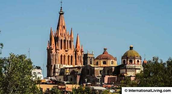 2015-04-18-1429373744-6126365-SanMigueldeAllendeMexico.jpg