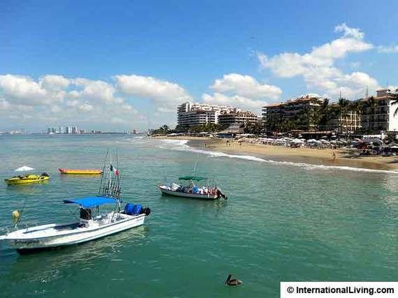 2015-04-18-1429374674-7738480-PuertoVallartaMexico.jpg