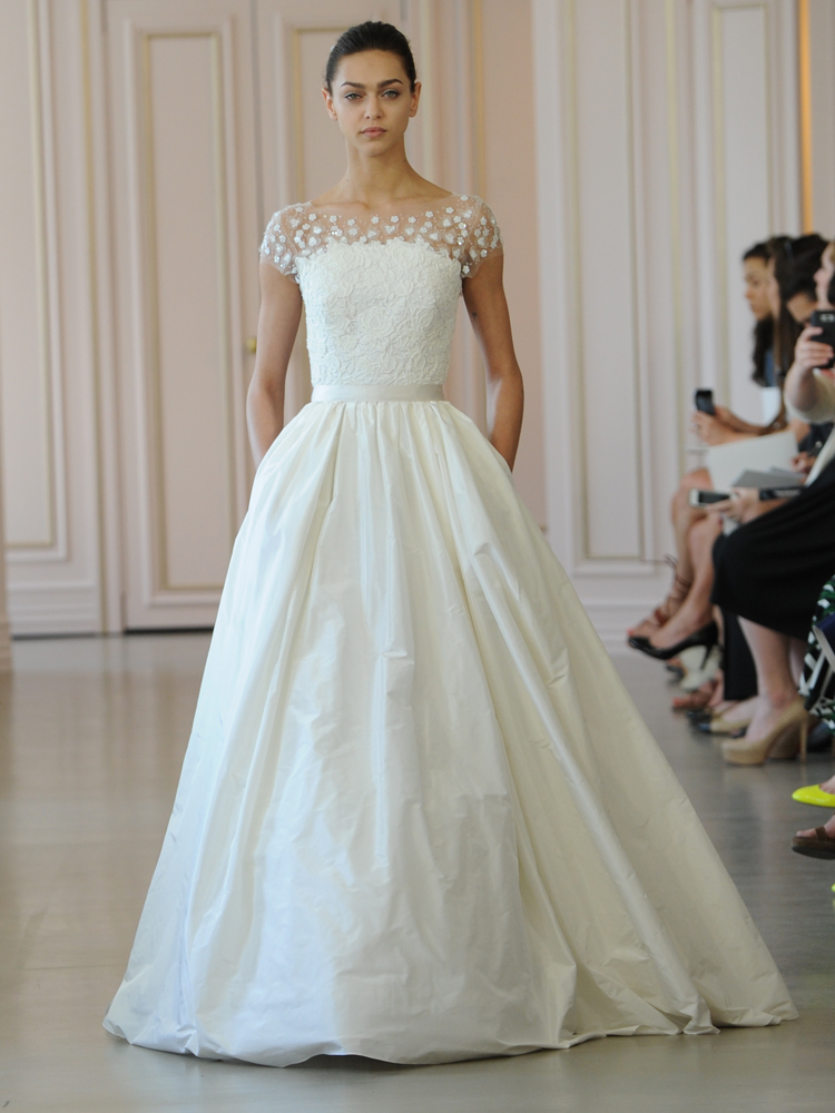 Oscar de la renta 39 s spring 2016 collection is a tribute to for Rent for wedding dress