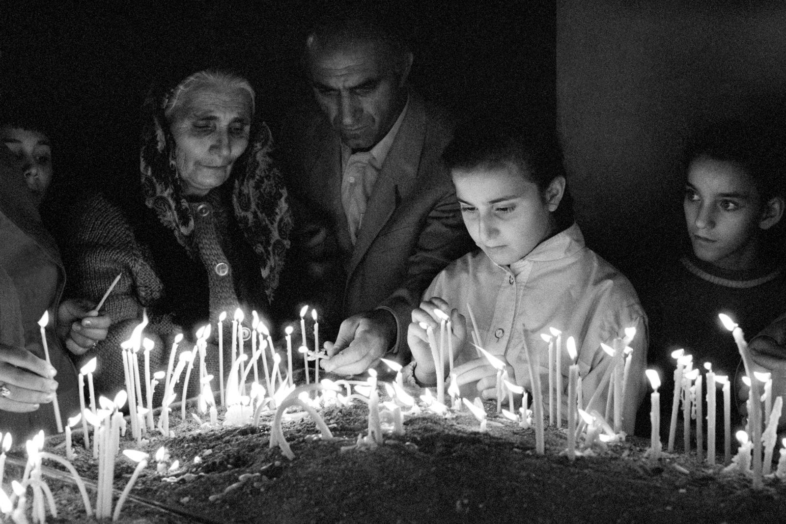 2015-04-19-1429486140-3622584-ArmenianChurchWorshippersRW.jpg