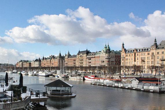 2015-04-21-1429607597-9483846-stockholmbudgetguide.jpg