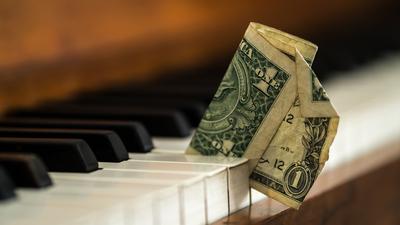 2015-04-21-1429608558-4456400-pianodollar.jpg