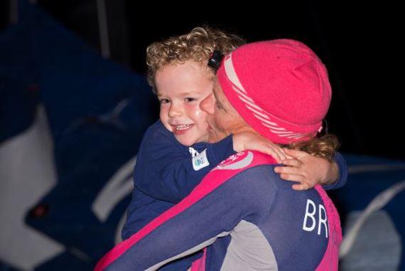 2015-04-21-1429623545-4476449-Carolijn_TeamSCA_love.JPG