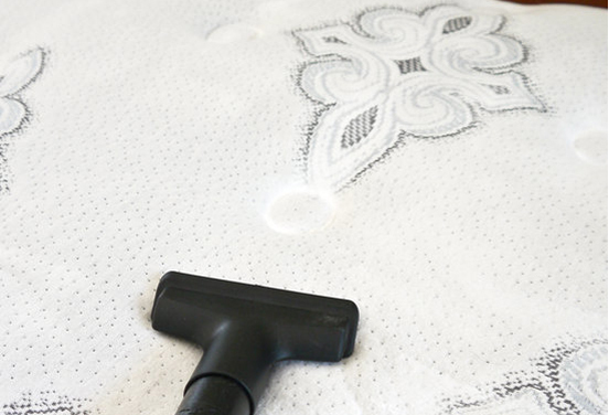 2015-04-21-1429638290-3420241-How_To_Clean_Mattress.jpg