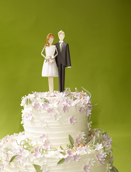 2015-04-22-1429718301-4463998-weddingcake.jpg