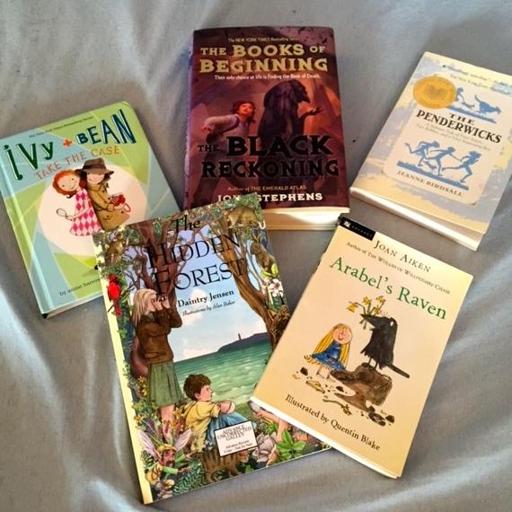 2015-04-22-1429719595-1803845-summerbooks.jpg