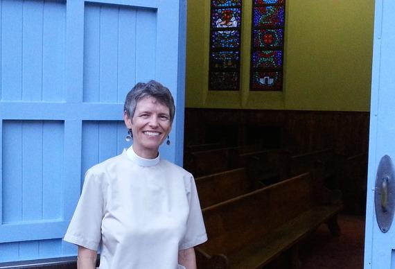2015-04-24-1429859938-7620145-Rev.Diane.jpg