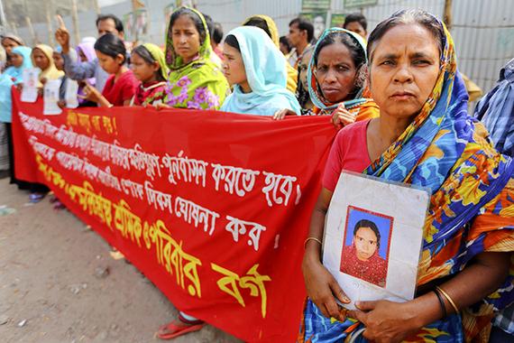 2015-04-24-1429863797-2598807-20150424hrw_2014_bangladesh_garment_PRESSER.jpg