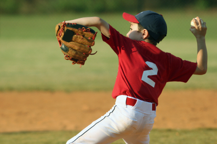 2015-04-24-1429906928-733275-Youngpitcherabouttodelivertoplate.jpg