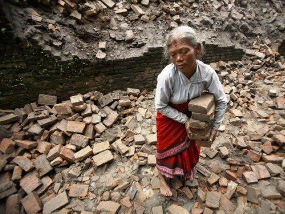2015-04-27-1430101578-1006177-nepal.jpg