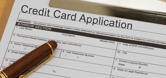 2015-04-27-1430143996-6811606-creditcardapplicationfixed.jpg
