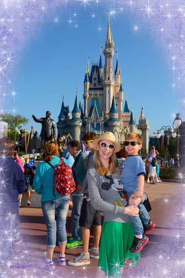 2015-04-27-1430166711-5742669-PhotoPass_Visiting_Magic_Kingdom_Park_7260906473.jpg