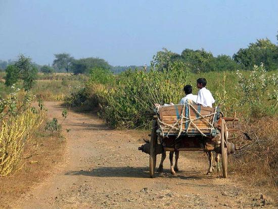 2015-04-28-1430213868-3079559-ruralindia2.jpg