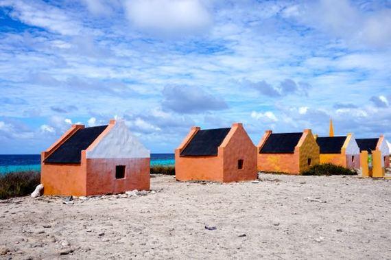 2015-04-29-1430280466-2770937-Bonairehouse.jpg