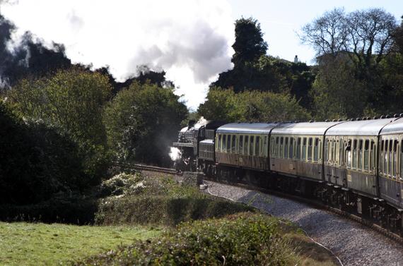 2015-04-30-1430394441-988875-steamtrain_iStock_000000134411Small.jpg