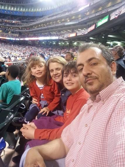 2015-05-01-1430439915-1958616-family.jpg