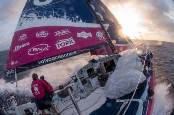 2015-05-01-1430469406-1815132-BoatPanorama_TeamSCA_01.JPG