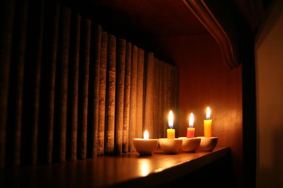 2015-05-01-1430479655-2771848-candlesandlibrary_fJ4kY7du.jpg