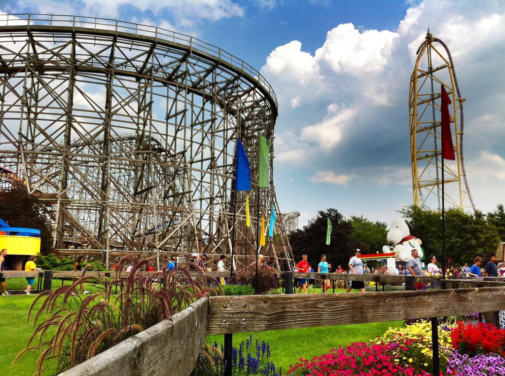 America's 13 Best Amusement Parks That Aren't Six Flags ...