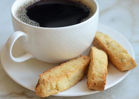2015-05-01-1430494208-3662151-almondanisebiscottiwithcoffee575x409.jpg