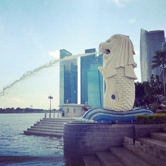 2015-05-04-1430734804-9964124-SingaporeMerlionPark.jpg