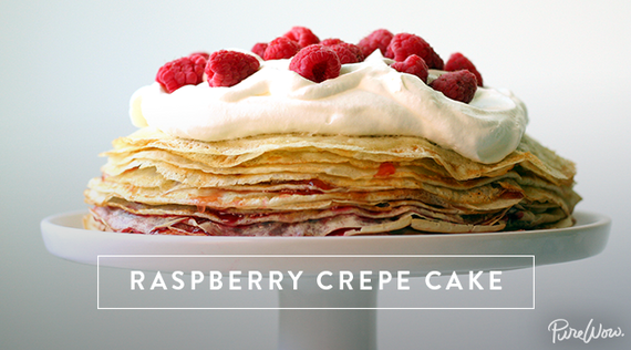 2015-05-06-1430922511-2554749-purewow_crepe_cake_11.png