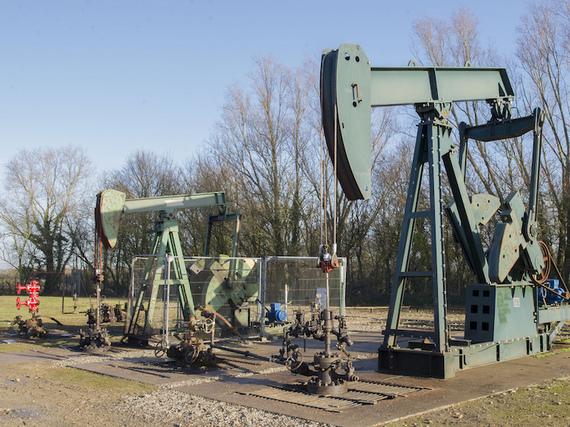 2015-05-06-1430937379-3327771-Fracking.jpg