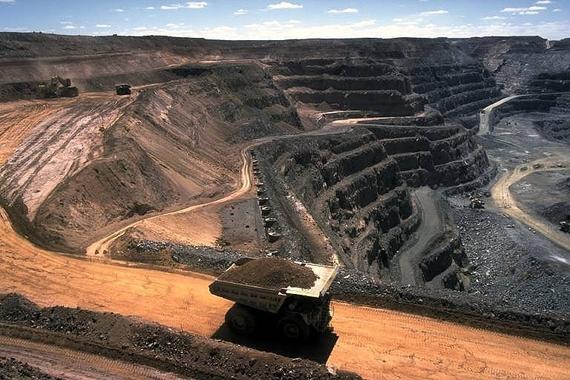 2015-05-06-1430937453-9514135-Strip_coal_mining.jpg