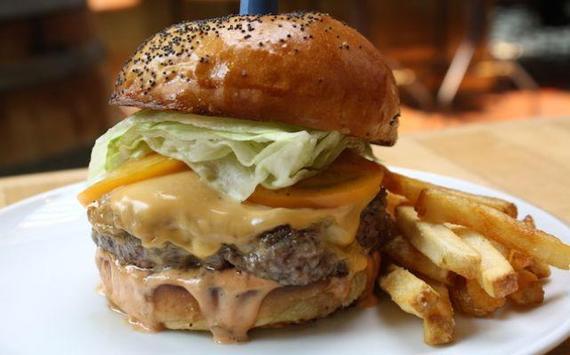2015-05-06-1430941696-374778-BurgerLesley.jpeg