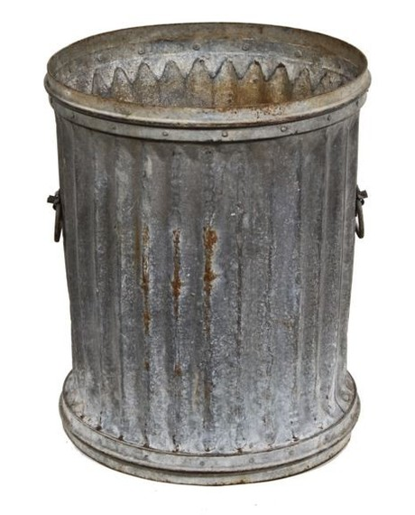2015-05-07-1430971125-9667255-trashcan.jpg