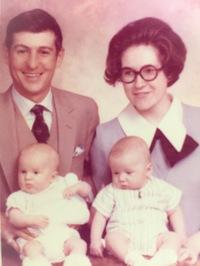 2015-05-07-1431036018-7373568-WendyDoyleasbabyandherfamily1969.JPG