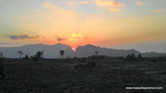2015-05-09-1431158465-7153147-SunsetatJebelShems.jpg