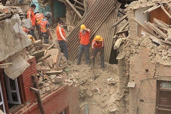 2015-05-12-1431443449-9143028-NepalEarthquakedisaterworkers.jpg