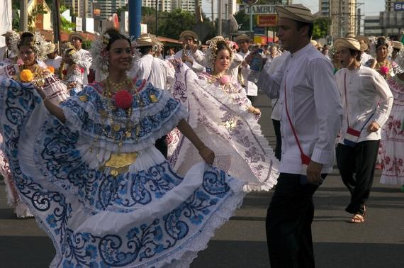 2015-05-12-1431464709-130921-PanamanianPolleraCarnival.jpg