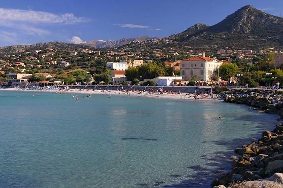 2015-05-13-1431549199-7886923-CorsicaIleRousse.jpg