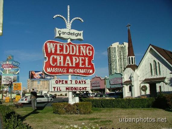 2015-05-14-1431618781-125040-candlelight_wedding_chapel.jpg