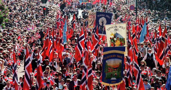 2015-05-14-1431629636-4466534-NorwaysNationaldayMay17th.CelebrationsinOslo0420159900151500.jpg