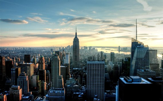 2015-05-18-1431965030-7643122-earlymorningnewyorkcityskylineempirestate_1920x1200_55wide.jpg