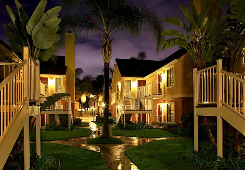 The Top 5 Disneyland Hotels Huffpost
